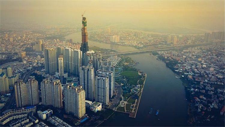 Vietnam's tallest skyscraper surpassed 400m height