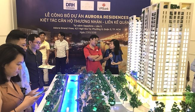 Hanoi and Ho Chi Minh City real estate markets experienced opposite trends