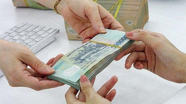 "World Bank Expert: ""Increasing minimum wage has a negative impact on the economy"""