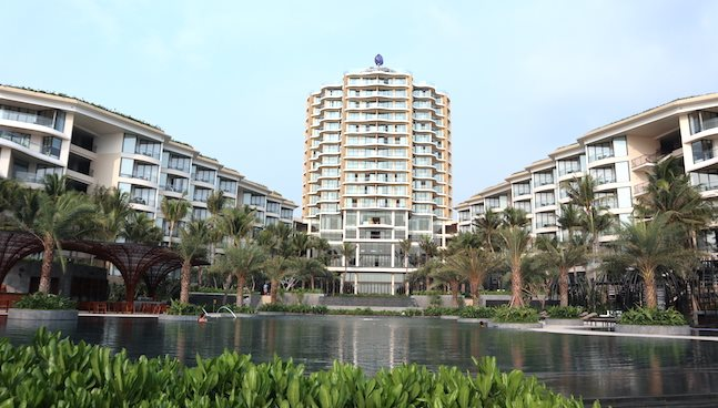 Reversing trend of offering profit commitments for resort real estate