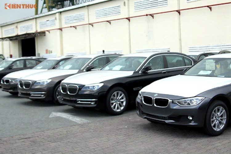 BMW gets access to the 700-auto batch at Vietnam's customs