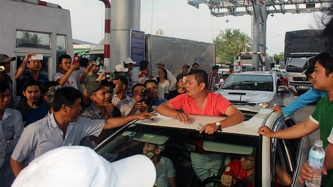 The Prime Minister decides to suspend Cai Lay BOT toll station