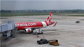AirAsia boldly commits to setting up Vietnam's sixth carrier