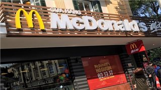 Fast food foreign chains' slow pace