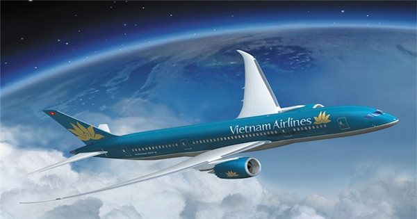 Vietnam's national flag air carrier hikes salary to retain