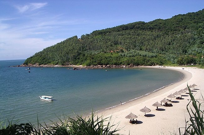 UK investors propose resort and casino projects in Quang Ngai central province