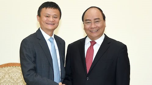 Jack Ma initiated non-cash payment services, affirming Alibaba's business plan in Vietnam