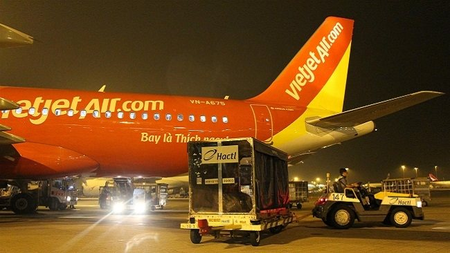 Vietnam's air freight: How to realize 'flying dream'?