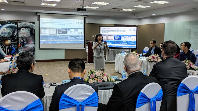U.S. commits to linking Vietnamese SMEs to global chain
