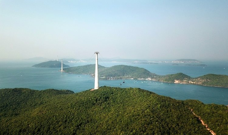 Phu Quoc launched world's longest sea cable car route