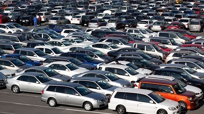 Prices of imported cars reduced after obstacles gradually being removed