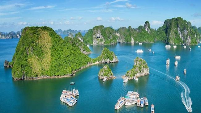 Quang Ninh maintains top ranking in provincial competitiveness index