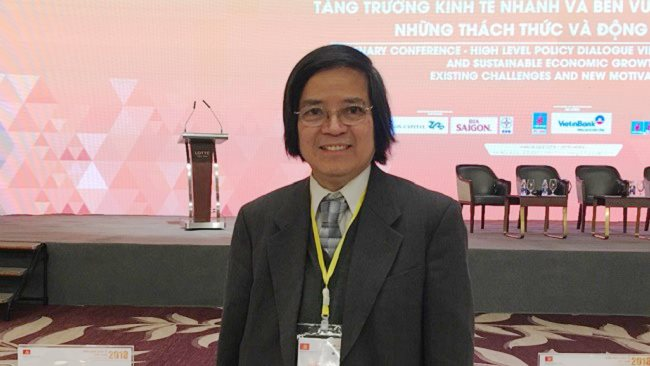 Prof. Tran Van Tho: 'State-owned enterprises have wasted so much in the past ten years'