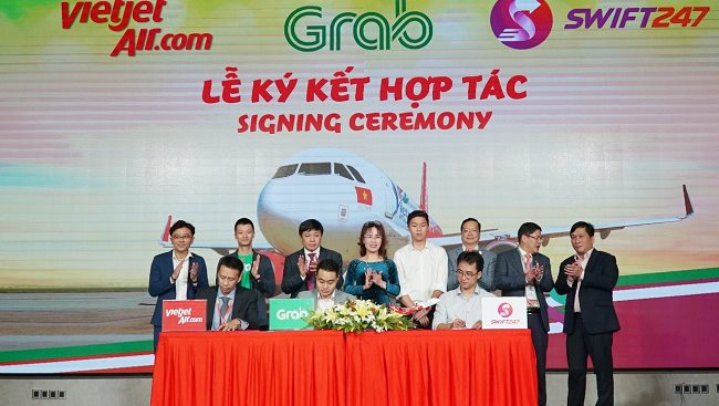 Vietjet, Swift247 and Grab join hands to deliver transport and delivery services