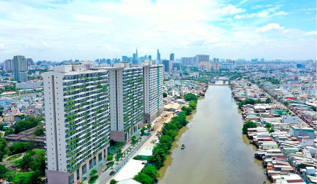 Japanese investors seek opportunities to join Vietnam's cash-strapped real estate market