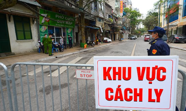 Vietnam adopts strict social distancing measures nationwide to combat coronavirus
