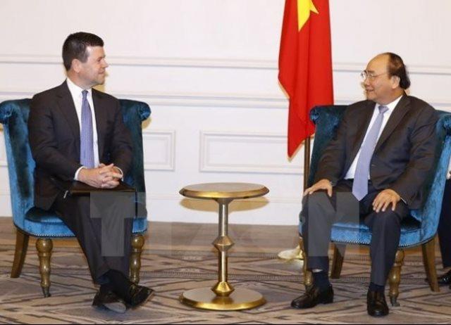PM encourages Vietnamese businesses to list on NASDAQ
