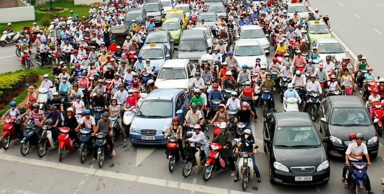 Hanoi plans to ban motorbikes by 2030