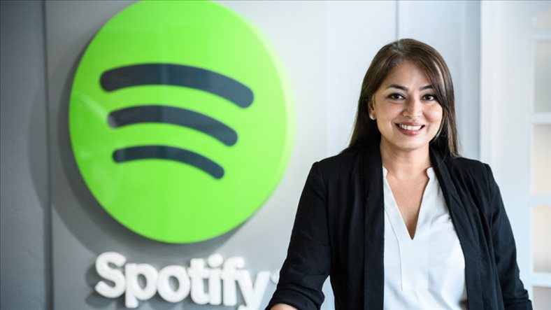 """Green giant"" Spotify in the battle of winning Vietnamese digital music users"
