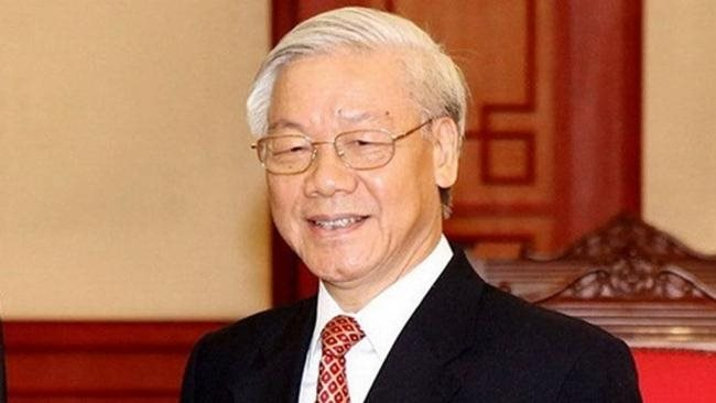 Party chief sworn in as new State President