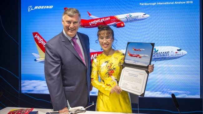 Vietjet and Boeing inked landmark deal for 100 new aircraft