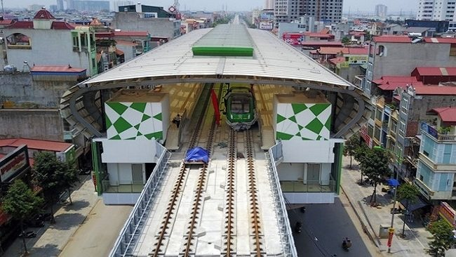 Ha Noi seeks Prime Minister's approval on Vingroup and T&T Group to carry out urban railway projects