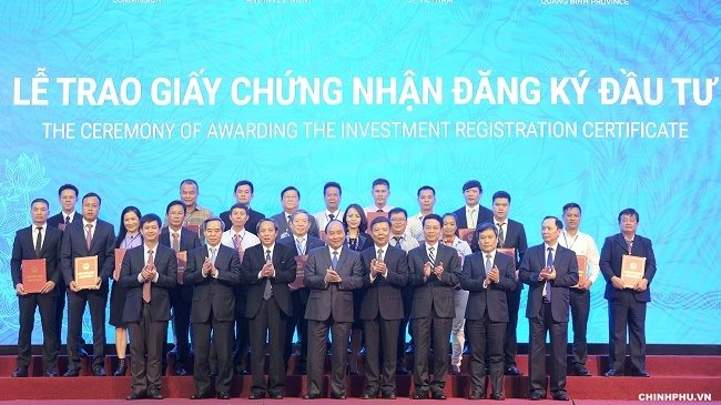 FLC Group pledged to make investment of $2.7 billion in Quang Binh province