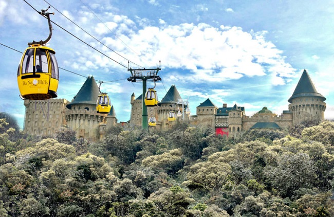 How to make Sun World Ba Na Hills greater after a decade of development?