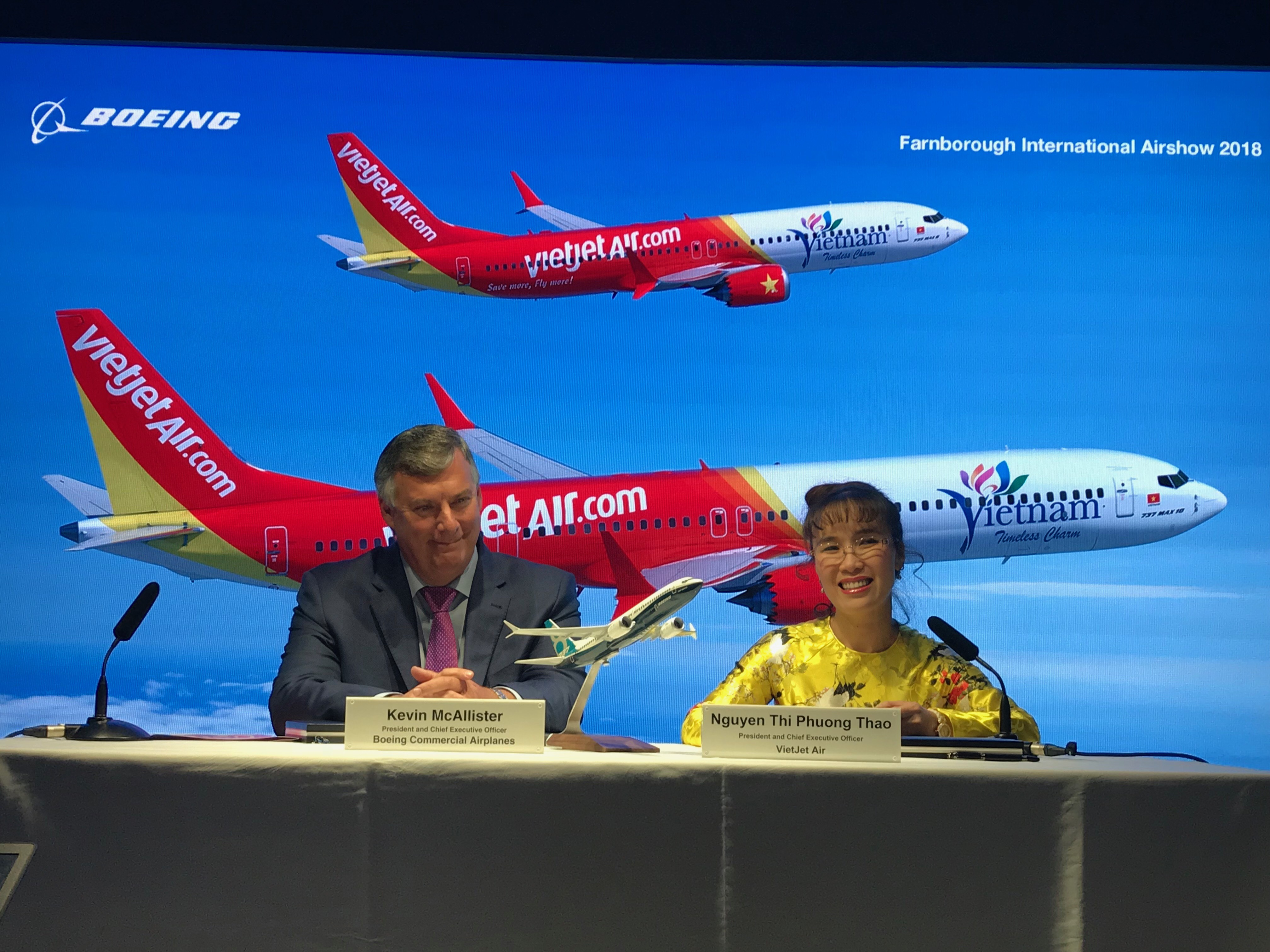 Vietjet struck new deal purchasing 100 aircrafts with Boeing 1