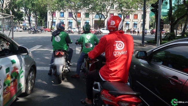 Grab expedites its promotion policy to cope with successful emergence of ride-hailing app Go-Viet 1