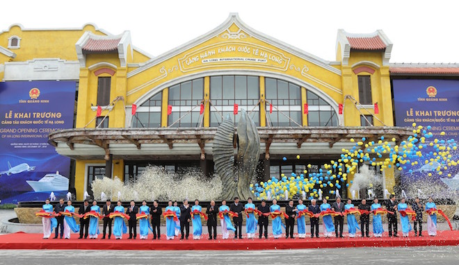 Three historic transportation projects opened in Quang Ninh province
