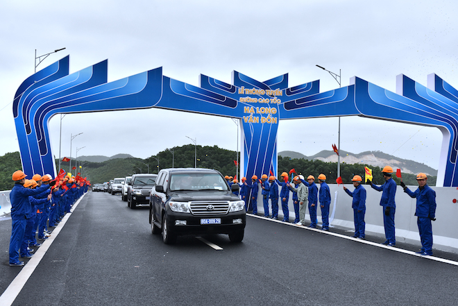 Three historic transportation projects opened in Quang Ninh province 1